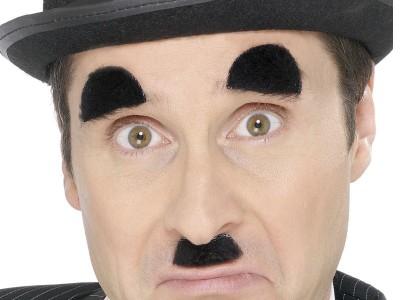 Mustata si sprancene de Charlie Chaplin